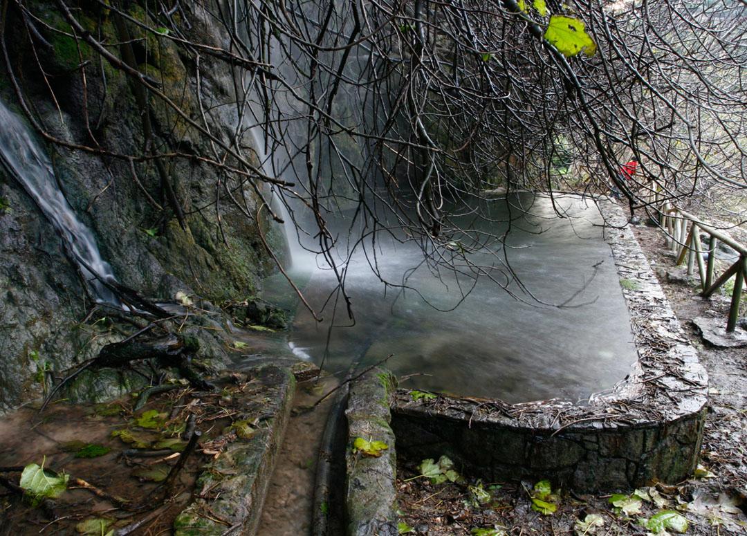 Fuente Los Chorros ubicada en el municipio de Bolulla