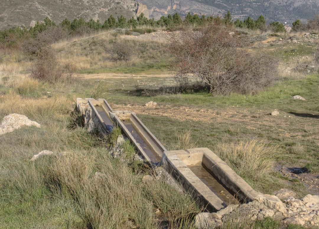 La Font Forata ubicada en el término municipal de Confrides